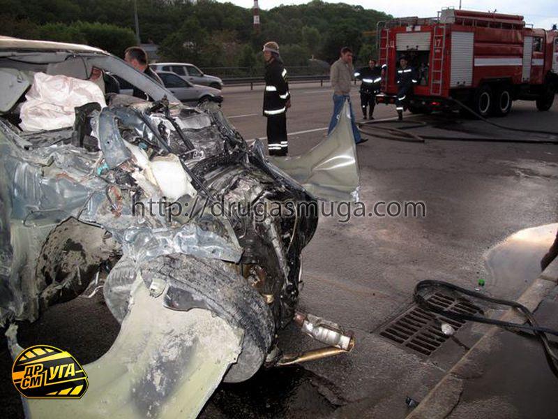 Honda Pilot залетел в подземный переход фото-20